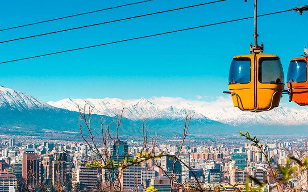 La capital de Chile es una maravilla de sitios históricos, intriga cultural y arquitectura moderna